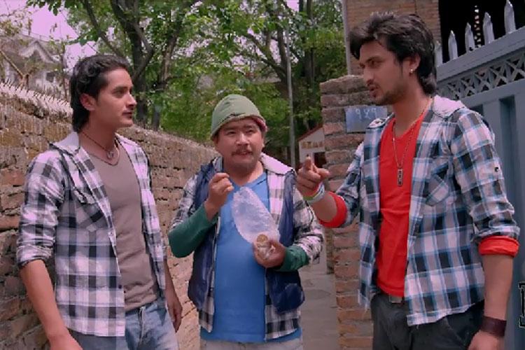 Trailer Adhakatti